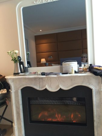 Hotel R de Paris : Room