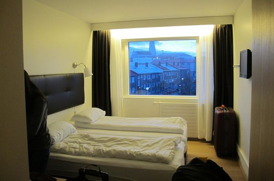 Fosshotel Lind: small but cozy for two