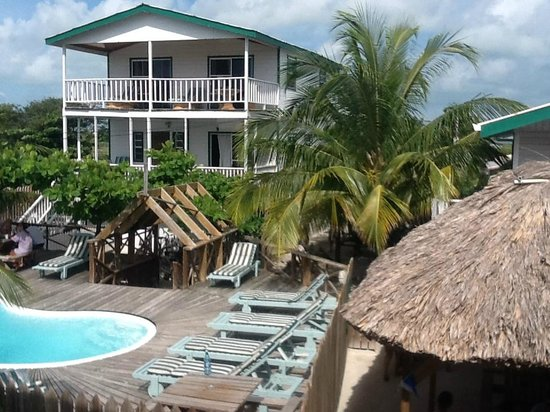 Pedro's Hotel: Overlooking Pool and Palapa