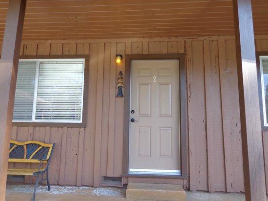 Rock Creek Inn: front door