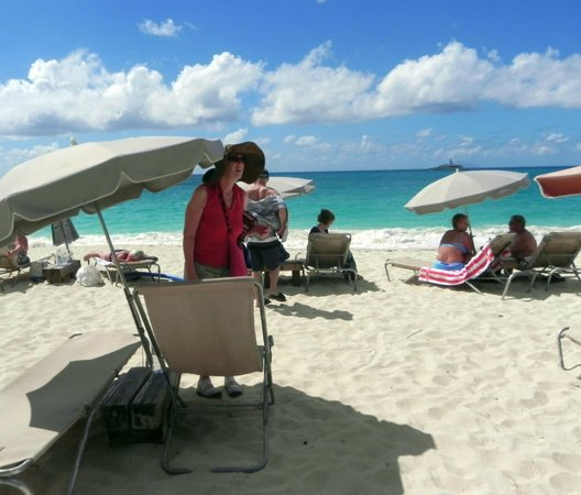Karakter beachfront umbrellas