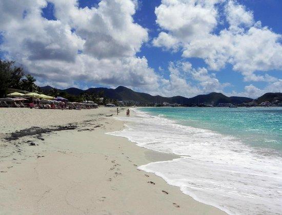 Karakter: Long sandy beach in Simpson Bay