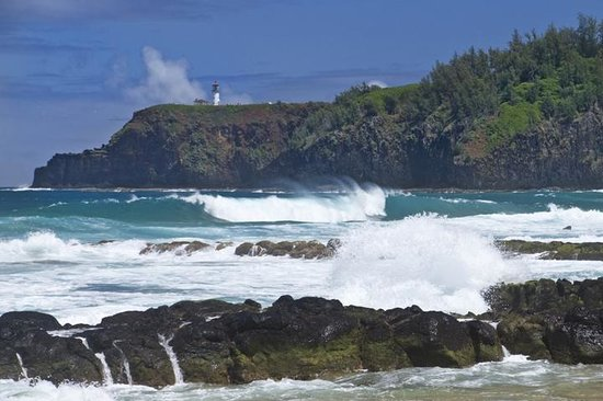 Kauai Photo Tours : One of the many picturesque locations we saw; Secrets Beach