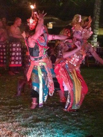 INTERCONTINENTAL Bali Resort : Balinesischer Abend im Hotel - empfehlenswert