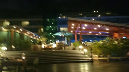 The Senses Resort: Upper deck