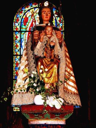 Église de Notre-Dame la Grande : trésor à découvrir