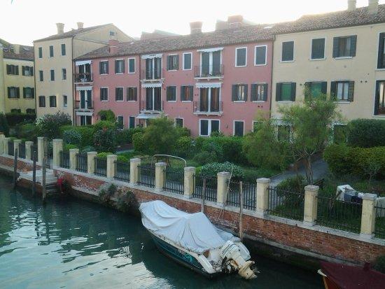 Hotel Giudecca Venezia: vista camera.