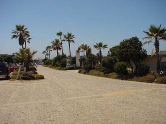 Monalisa Beach Resort: our cobblestone road
