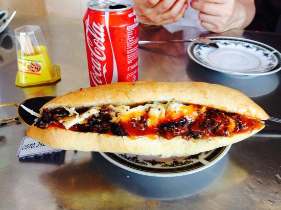 Madam Khanh - The Banh Mi Queen : Not your average banh mi...