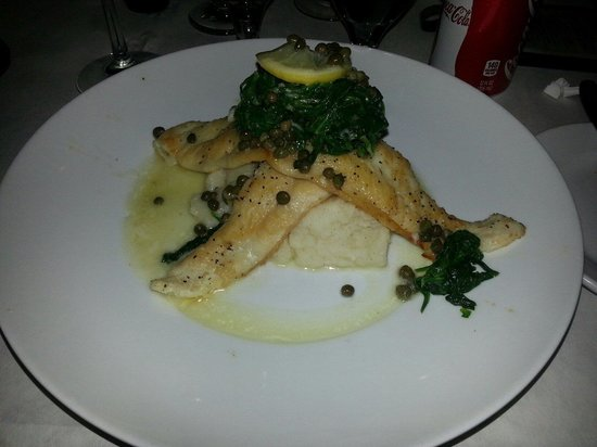 Pomme Frite: Sole fillet with spinach and smashed potatoes - really delicious