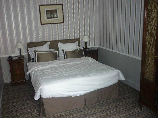 Hotel Brighton: Bett