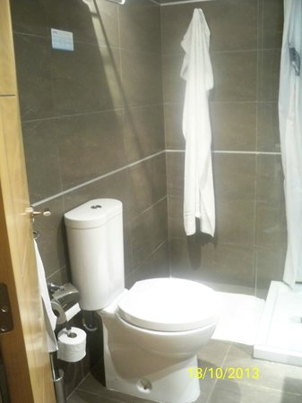 THB Cala Lliteras: Badezimmer