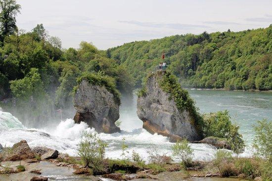 Neuhausen am Rheinfall, Sveits: Rheinfall