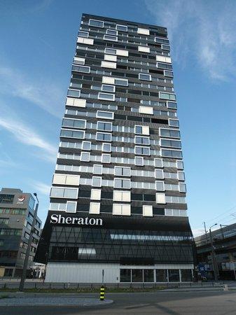 Sheraton Zürich Hotel: Hotelansicht