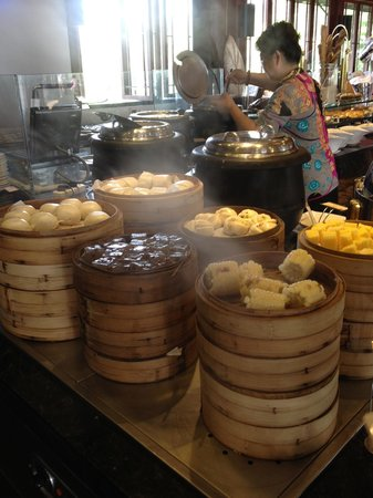 Huayu Resort and Spa Yalong Bay Sanya: Китайский завтрак
