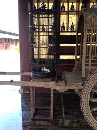 Huayu Resort and Spa Yalong Bay Sanya: Территория ресторана