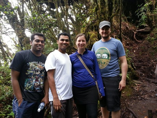 Mossy Forest: With Canadian friends...very warm n lovely people. .