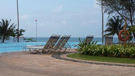 Nirwana Gardens - Nirwana Resort Hotel : Pool area