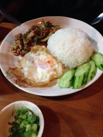 Yokohamaya: 近所のタイ料理屋