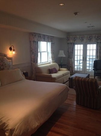 Anchor Inn: ocean view room