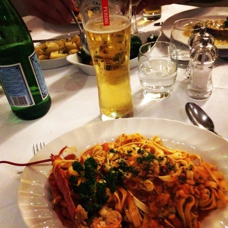 Ristorante Il Piccolo Mondo: Best tomato based pasta I have ever had!!!