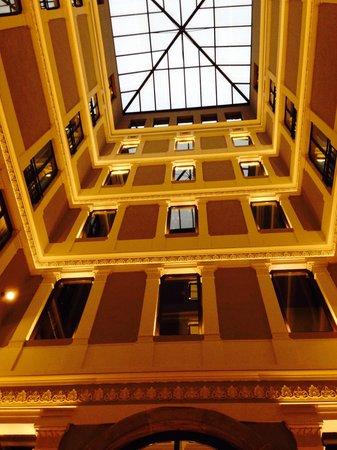 H10 Urquinaona Plaza Hotel: Hotel design 2