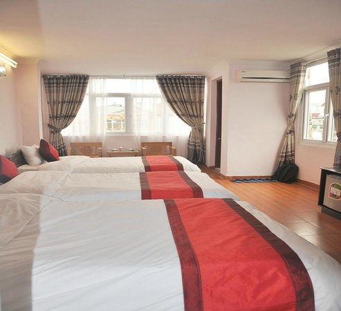 Downtown Hotel: Suite triple room