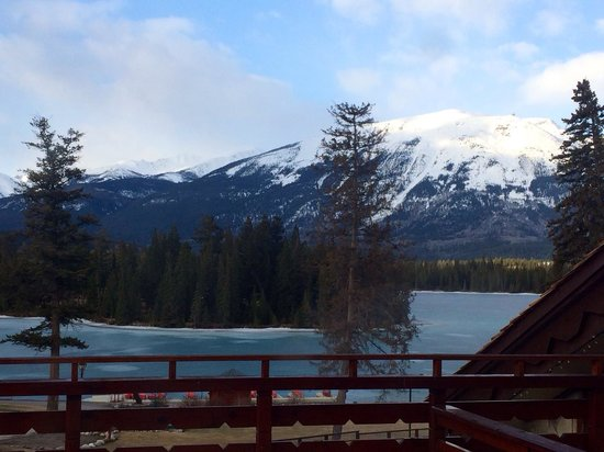 Fairmont Jasper Park Lodge: View from our room