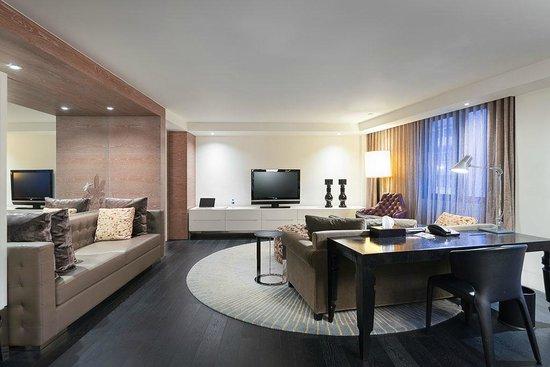 Cachet Boutique Shanghai : Pizzazz Corner Suite_Living Room
