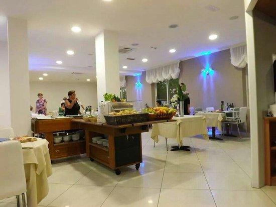 Hotel Anastasi: La sala da pranzo