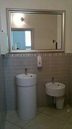 Il bagno comune foto di hotel anastasi cervia tripadvisor - Bagno in comune ...