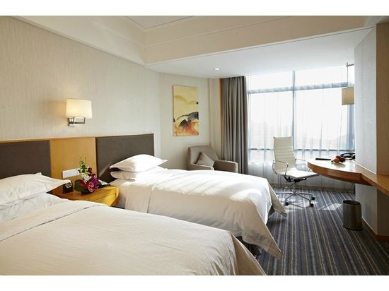 Ramada Pudong Airport Shanghai: Superior Twin Room