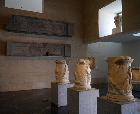 Teatro Romano: DETALLES DEL MUSEO