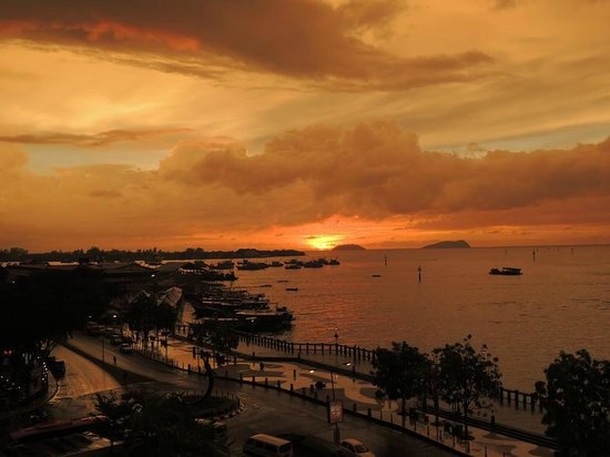 Hyatt Regency Kinabalu: Top 10 nice sunset in the world