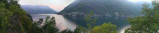 Nesso, Italië: Vista lago