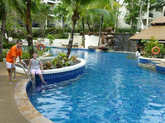 Horizon Karon Beach Resort & Spa: pool