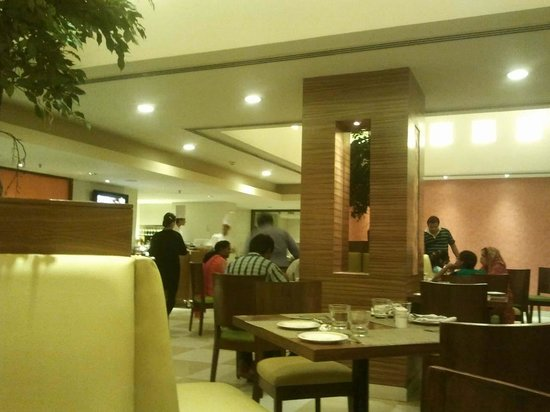 Aditya Hometel : Dinner area