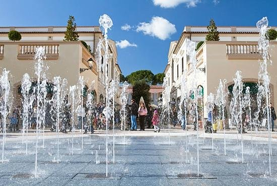 La Reggia Designer Outlet (Marcianise) - 2018 All You Need to Know ...