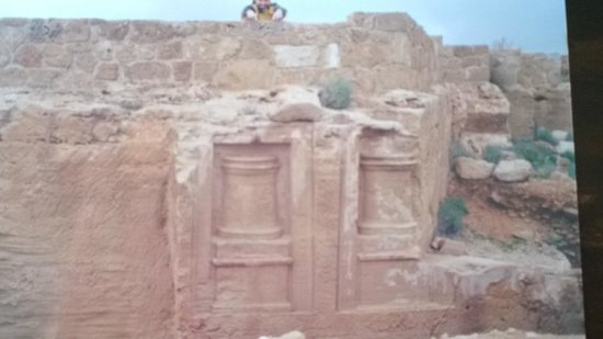 Kato Paphos Archaeological Park: Scavi..al mare!