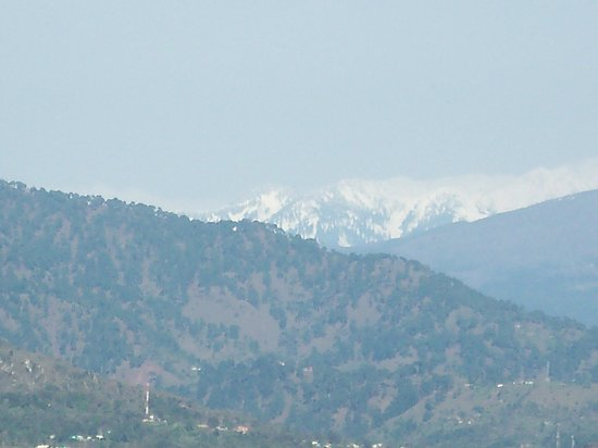 Udhampur, Hindistan: First view of Himalayas.