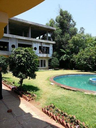 SVInns Dwarkadhish Resort : Part of resort is still under construction