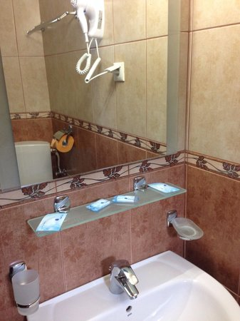 Hotel Crisalpin: Bathroom2
