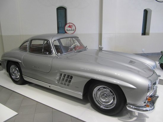 The Franschhoek Motor Museum: Great Gullwing