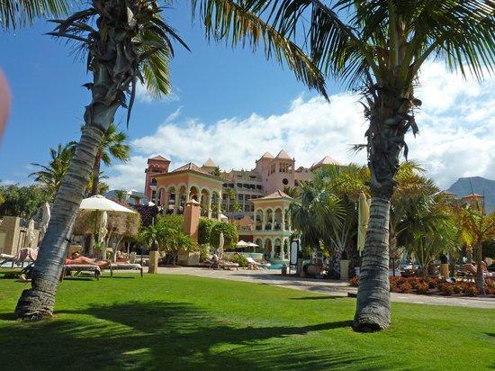 IBEROSTAR Grand Hotel El Mirador : Looking back from the sunbathing area