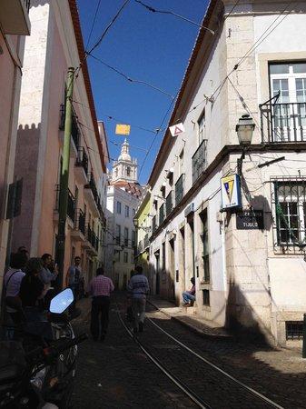 Alfama Lounge Suites : Street View
