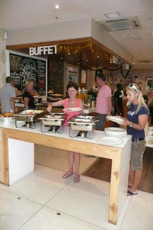 Hotel on St Georges: Kitchen's Deli - Buffet Breakfast