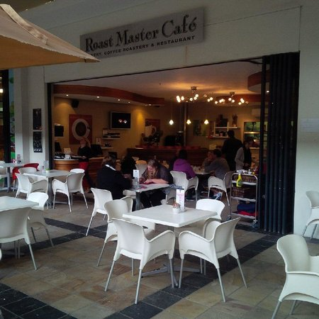 Roast Master Cafe': Best coffee shop in town