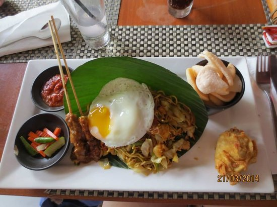 Rama Beach Resort and Villas : More Yummy Food