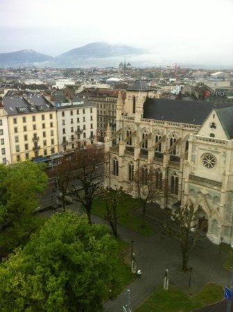 Cornavin Hotel Geneva: вид