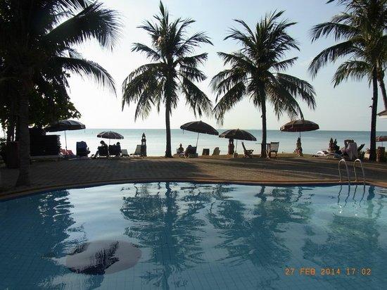 Rajapruek Samui Resort: Pool (kleiner Pool), mit Blick aufs Meer